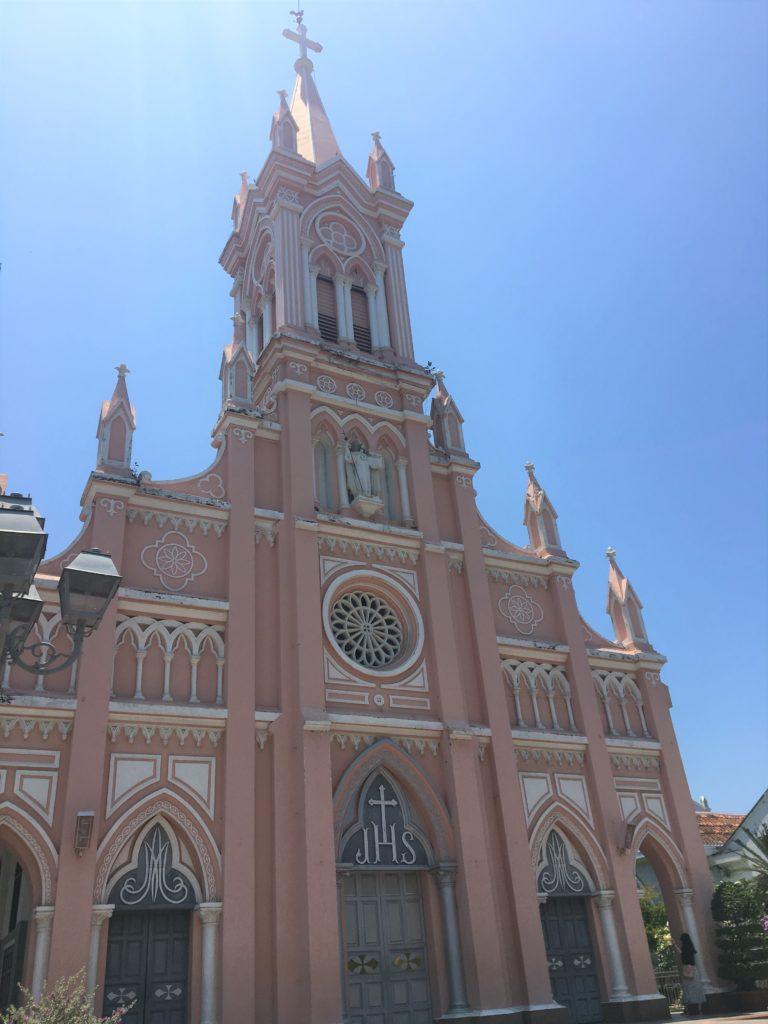 ダナン大聖堂を訪れたときの様子を撮影した写真