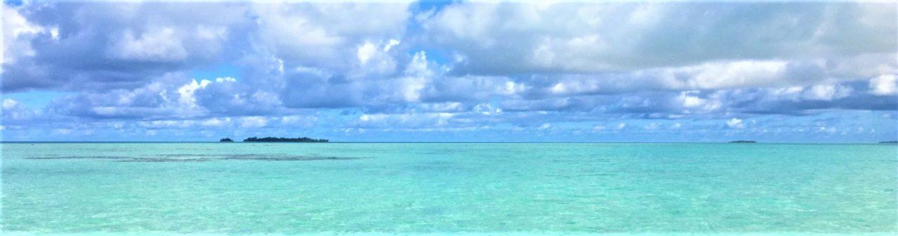 私が実際に訪れたパラオの青い海と青い空の綺麗な景色を撮影した写真